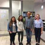 Natalia, Sandra i Zuza z Wojciechem Tochmanem